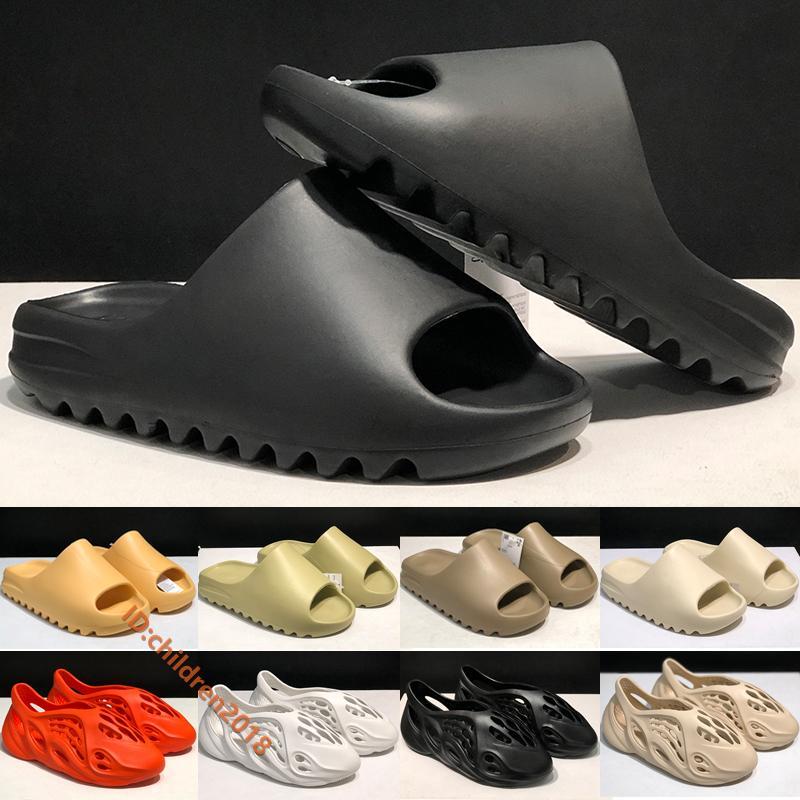 Kanye West Originals Slayt Erkekler Kadınlar Terlik Yeni Tasarımcı Çöl Kumu Kemik Köpük Runner Reçine Toprak Kahverengi Siyah Açık Sandalet Boyut 36-45