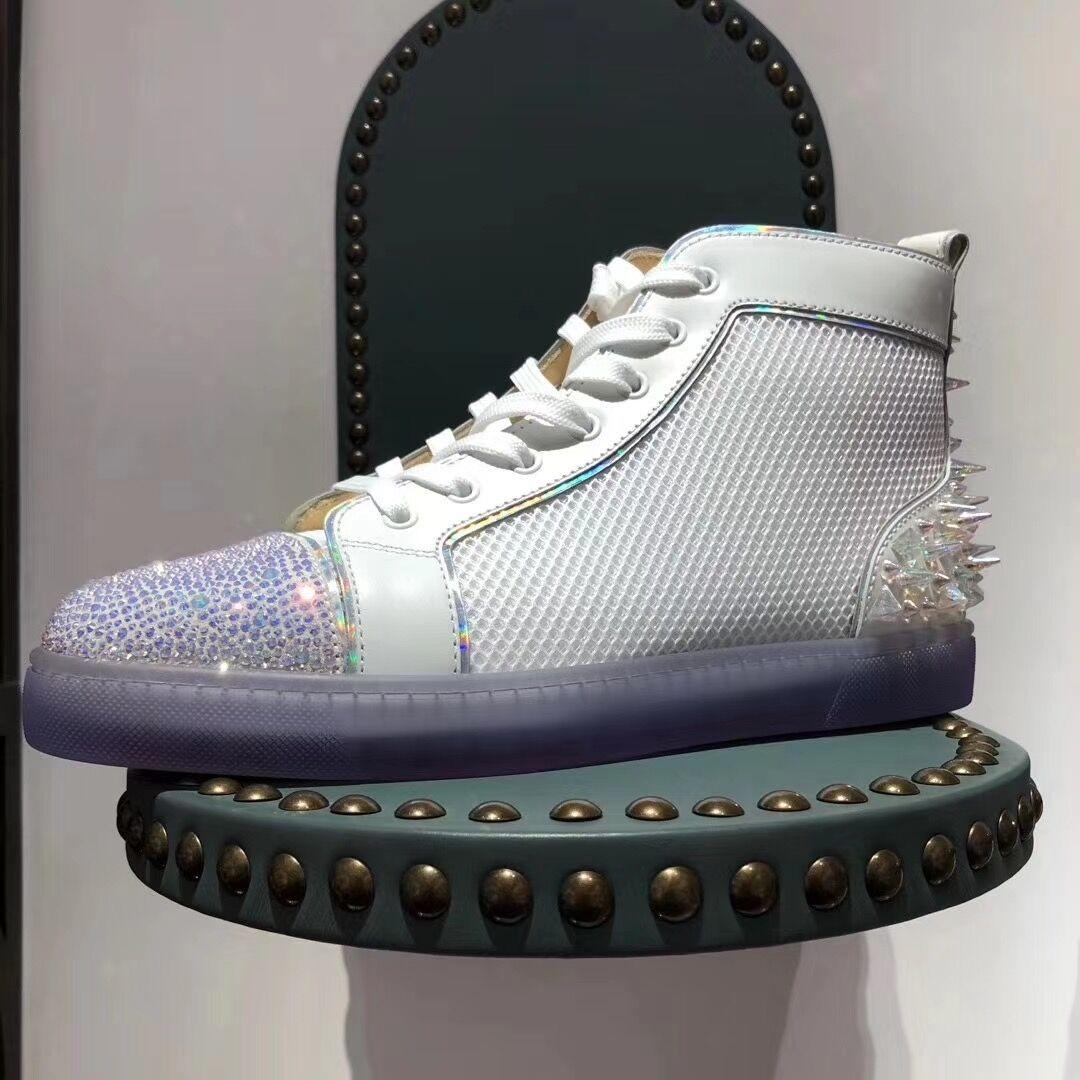 Beyaz Mesh Deri + Pik Pik Dikenler + Strass Kaykay Yürüyüş En kaliteli tasarımcı Yüksek Üst 20S Kırmızı Alt Sneakers Parti Elbise Düğün E