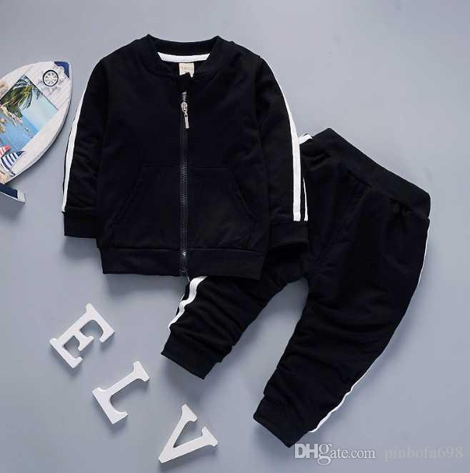 Bebek erkek ve kız çocukları eşofmanlar sıcak Marka / Çocuk T-shirt pantolon 2 adet eşofman çocuk giyim sıcak yeni moda yaz satmak setleri