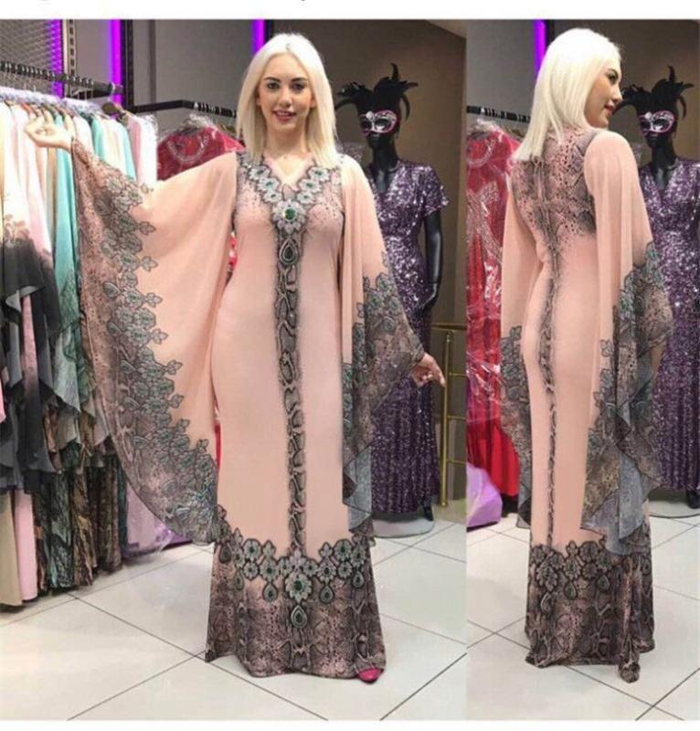 Les nouvelles robes africaines pour femmes Dashiki Imprimer Vêtements africains Sexy Slim Bazin Ruffle Riche manches col V robe de soirée longue Afrique