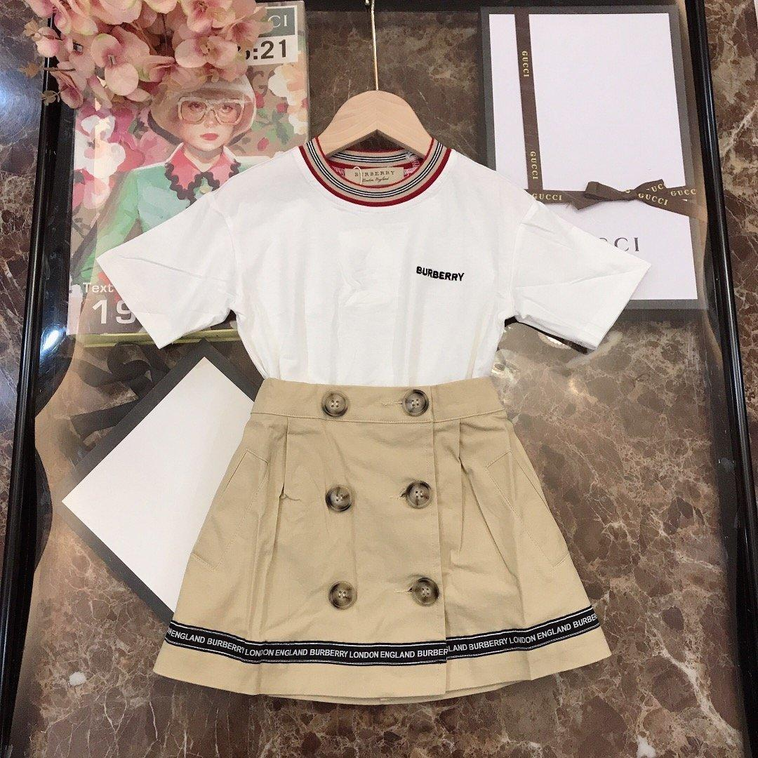 Novo Padrão De duas partes meninas Abotoamento Marinha saia plissada fio de algodão T-shirt pescoço conjuntos 030922