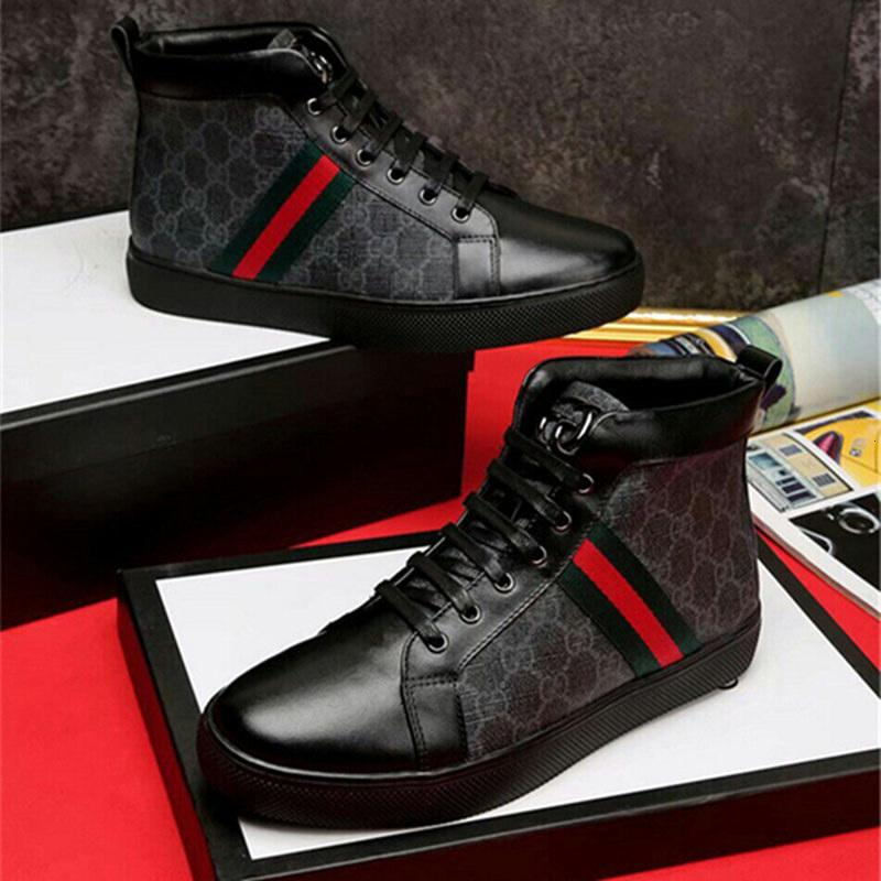 2020 Cheap Luxurious Brown FlashTrek alta Sneaker Mens Ankle Sapatinho Caminhadas Escalada Bota Womens Chunky Designers Shoes Anti Skid Martin boo