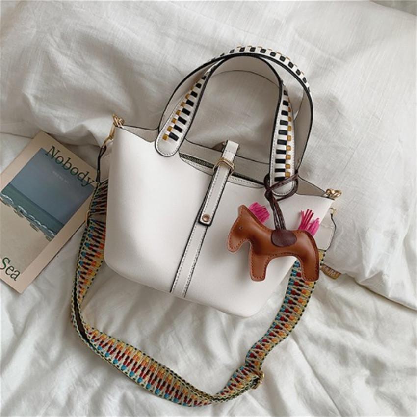 Дизайнер Портативный Bucket Bag Мода Матерью ребенка Сумки Tide Одно Плечо Fashion3 PH-CFY2001123