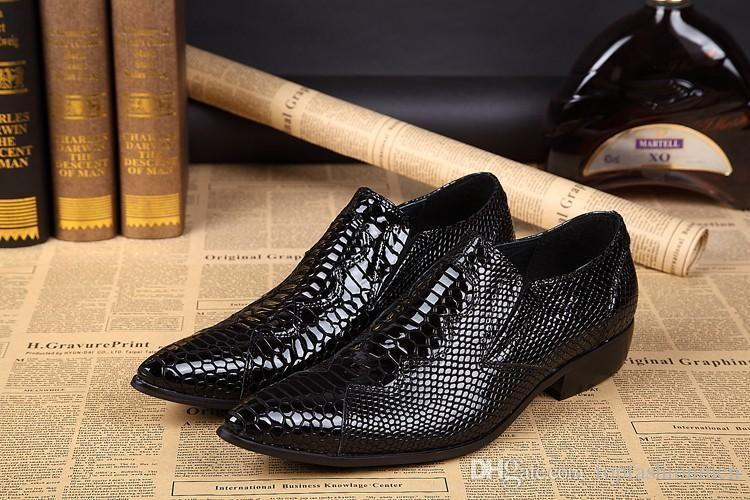 2019 Sexy Fashion Man Shoes Man Shoes Black Snake Skin Style Leather Handmade Pointed Toe Slip-On Formal Dress Shoes