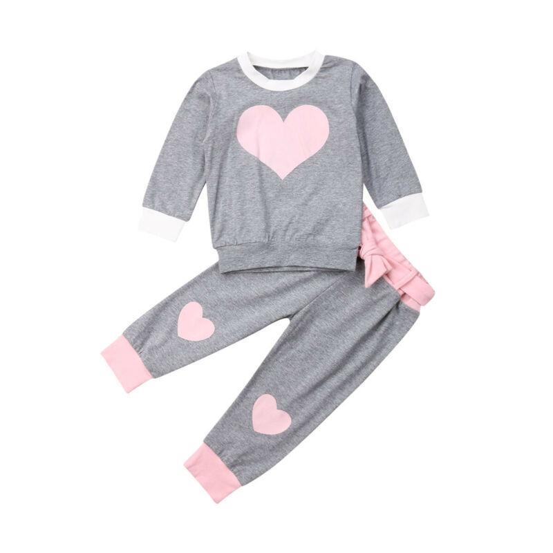 Bebé do outono Criança caçoa a parte superior camisola calças de algodão Outfits roupas Set coração do amor Imprimir Meninas Roupas para 1-6 Ano