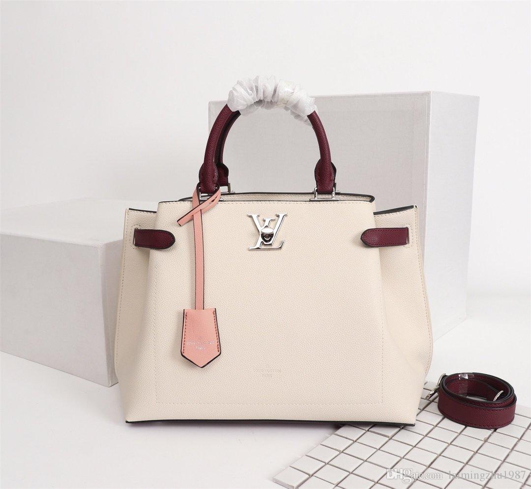 Free shipping Casual Women Plaid Hand Bag Design Pattern Female Shoulder Messenger Bag Large Capacity Office Lady Travel Bag 02