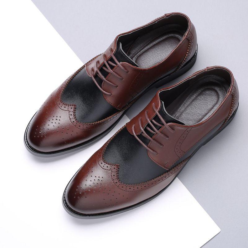38 ~ 48 Hombre de gran tamaño remiendo del cordón Hasta Derby Brogue zapatos italianos hombres en punta del dedo del pie zapatos de vestir de boda formal traje de cuero Brown