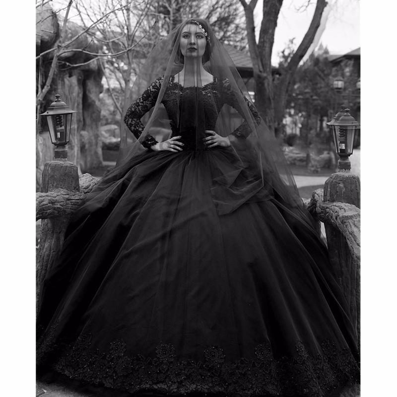 Negros vestidos de novia gótico 2020 vestido de novia con cuentas de tul de manga larga de encaje princesa colorido de la vendimia del traje de mariée