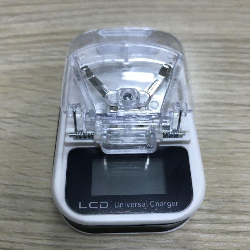 Evrensel Cep Telefonu Pil LCD Şarj Tek USB Şarj ABD Plug Perakende Kutusu ile 100 adet / up 1A Seyahat Şarj