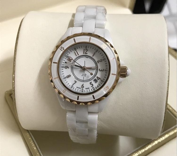 2019 Yeni Stil elmas Lady Kadınlar Için Beyaz Siyah Seramik Saatler Saatı Moda Zarif Kadın Saatı