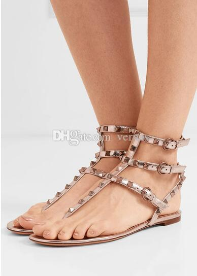 de famosos Ladies Studs Sandálias de couro preto Mulheres Brown Nude Plano Verão Rocha Gladiator Sandals Party Dress Zapatos Mujer Com Box