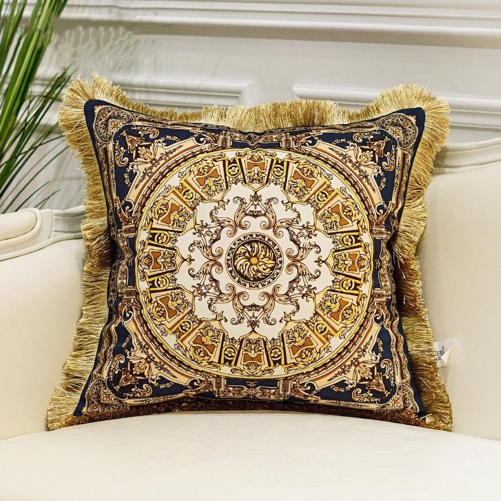 Cuscino di lusso della copertura di nappa velluto del cuscino di tiro Cover Casa decorativo Europeo di Design Srusader Divano Camera federa