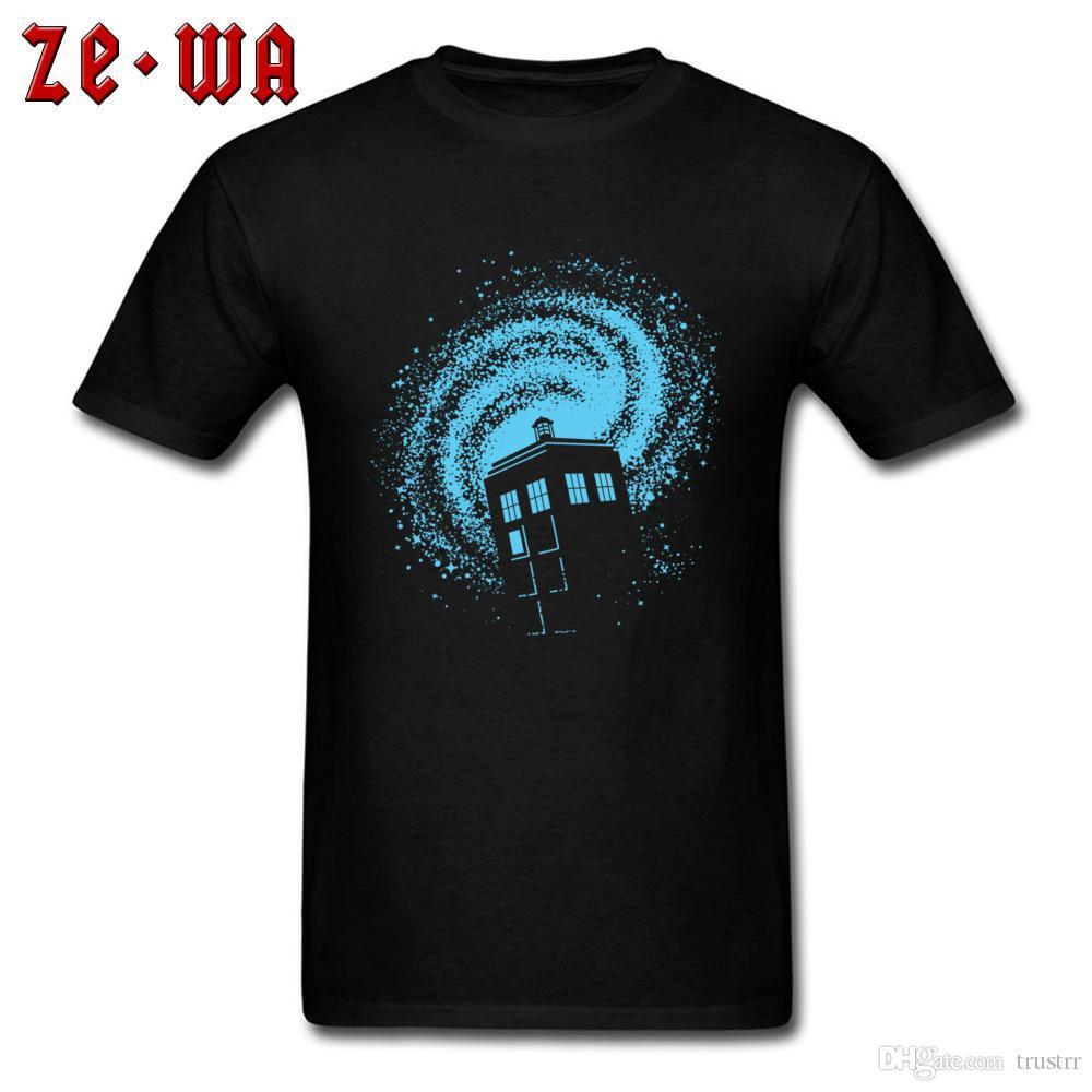 Dr.Who تي شيرت غالاكسي TARDIS T قميص طبع الرجال بلايز طاقم الرقبة القطن قمم الرجل المحملة قمصان غير تقليدي محب الملابس أسود أزرق