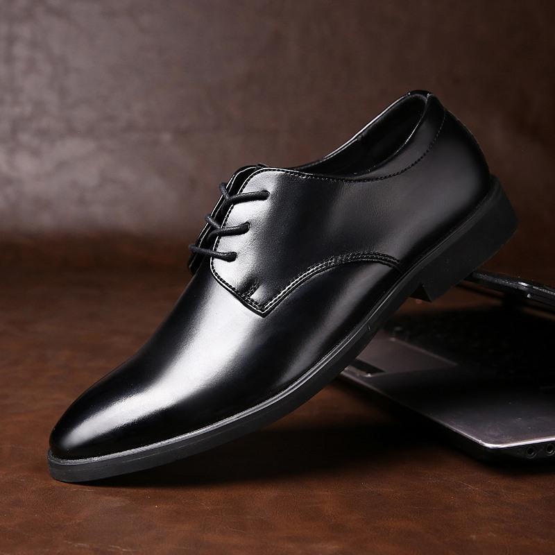 Vendita punte superiore calda uomini scarpe di grande formato 47 Autumn formale del cuoio di affari genuini casual scarpe Men Dress Ufficio Maschio scarpe da Oxfords di nozze