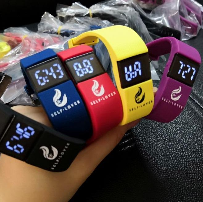 High Quality Fashion Digital LED Casual Sports Watch Unisex Silicone Band Waterproof Wrist Watches Men Women