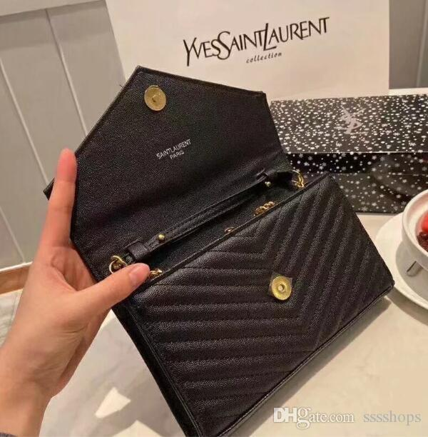 3 Fashion ladies shoulder envelope bag classic women chain messenger bag fashion handbag ladies wallet. Size: 23cm.16cm