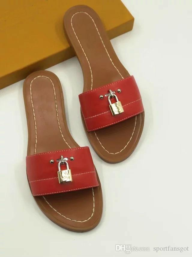 2019 lock it leather Designer Sandals red fashion 35-41 Women sandal Horse brand with box lady fashion Dust bag Mini slippers flat slippers
