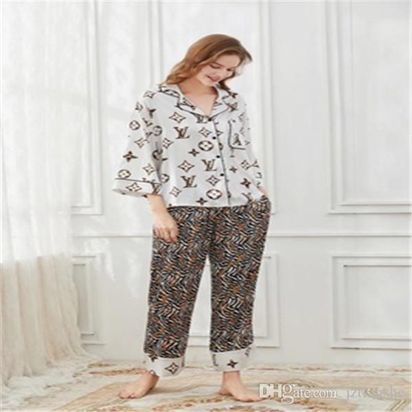 de Primavera Otoño pijamas de seda de las mujeres de dos piezas de seda simulado el hogar Ropa de tendencia único impreso Estilo LetterG de manga larga pijama