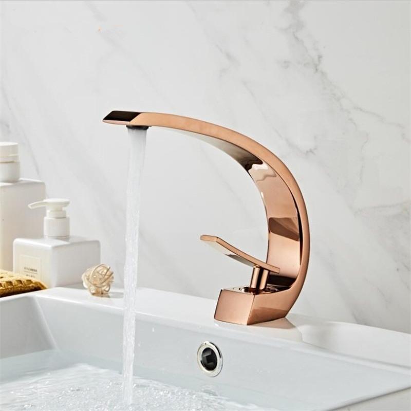 분지의 수도꼭지 현대 욕실 믹서 탭 로즈 골드 세면대 수도꼭지 싱글 핸들 단일 구멍 온천과 차가운 폭포 수도꼭지