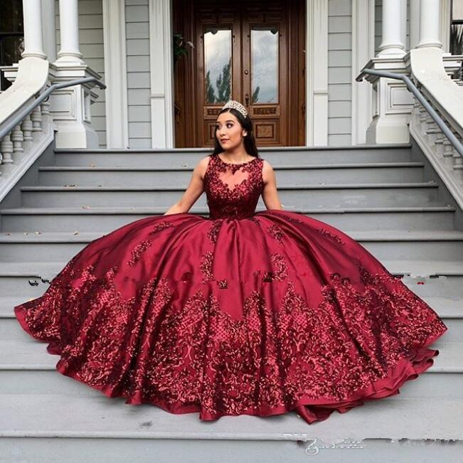 2020 Red Lace Appliqued ball gown Quinceanera Dresses Sweet 16 Quinceanera Gowns elegant vintage Special Occasion Dresses