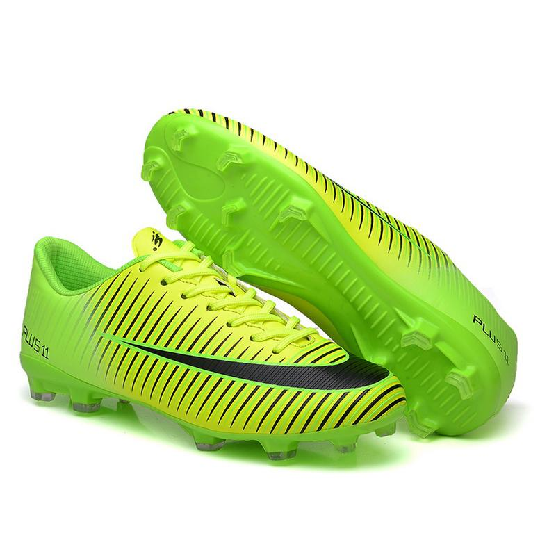 2020 Best Quality Leather Low Soccer Shoes Boys outdoor football shoes football boots high ankle children splint training sneakers