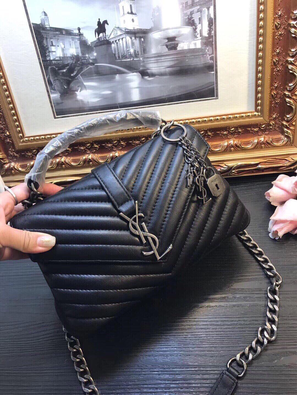 Adorável 02 20ss Perfeito Designer Mulheres Bolsa E Design Mulheres Original Bolsa de Ombro em Couro Mulheres Handbag PDS559 Tamanho 30 * 25 * 15 centímetros