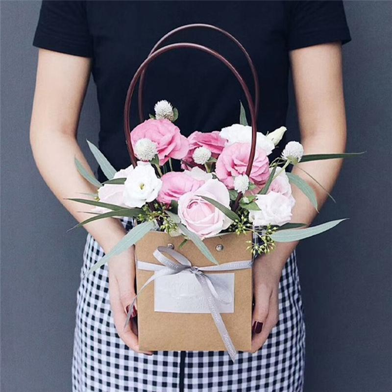 Christmas Gift Wrapping Bags With Handle Wedding Birthday Party Favor Gift Kraft Paper Package Bags Flower Storage Bag
