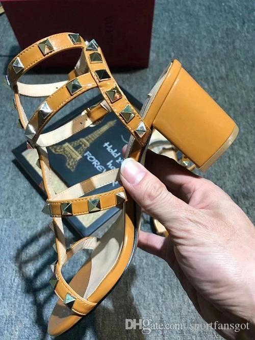 2019 Designer sandals strap heel dress sandals Suedue patent Flip Flops leather shoes luxury sandals with box size 35-41 women slippers