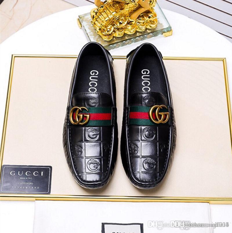 Newst Top Luxury Mens shoes المصممون الأصليون الانتعاش المثالي عارضة أحذية حقيقية جلد البقر اليدوية حزام أخضر أحمر أخضر نموذج