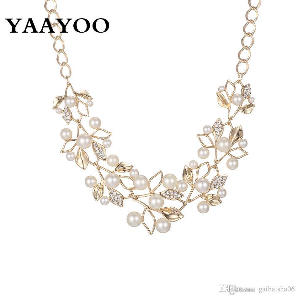 بيان التقليد اللؤلؤ حجر الراين الزهور أوراق المعدن الأصفر / اللون الأبيض قلادة للنساء مجوهرات