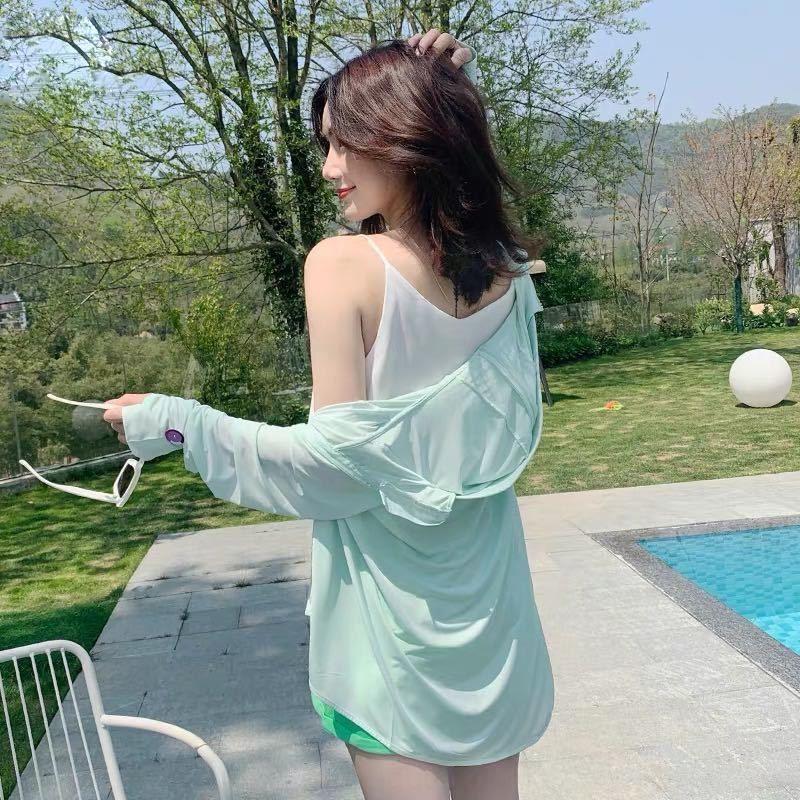 Glace moyenne SilkUV-preuve et vêtements à la crème solaire vêtements crème solaire avec un chapeau pour les femmes