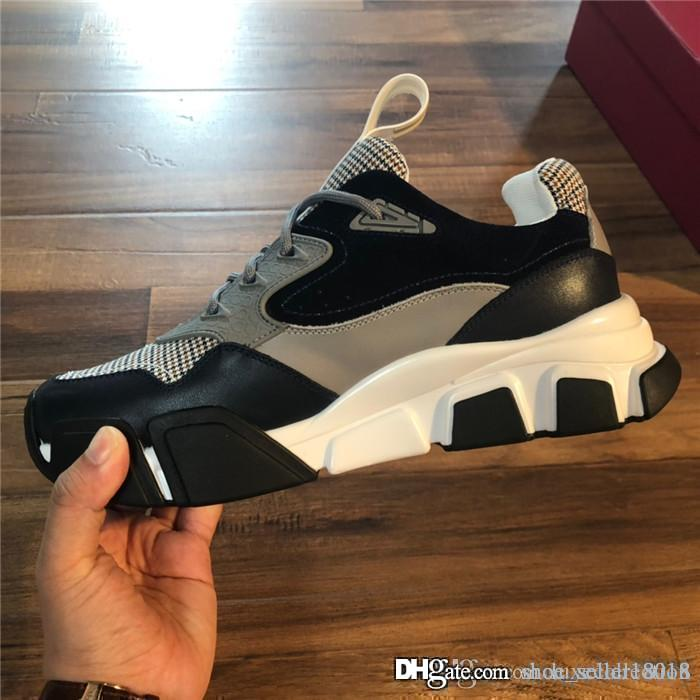 Mens sport shoes made by hand for 2019, Top - quality cowhide fabric with breathable mesh Lightweight comfortable designer sneakers