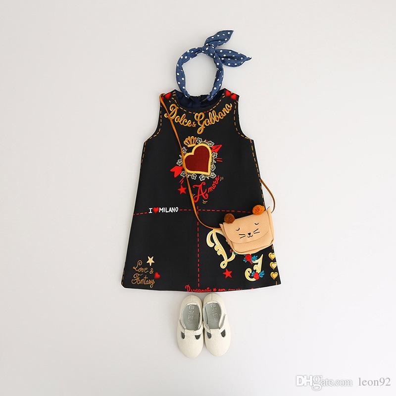 2019 Le ragazze vestono stili caldi INS di Estate senza maniche San Valentino amore cuore stampato una linea di abiti da principessa Dress della neonata scherza il progettista