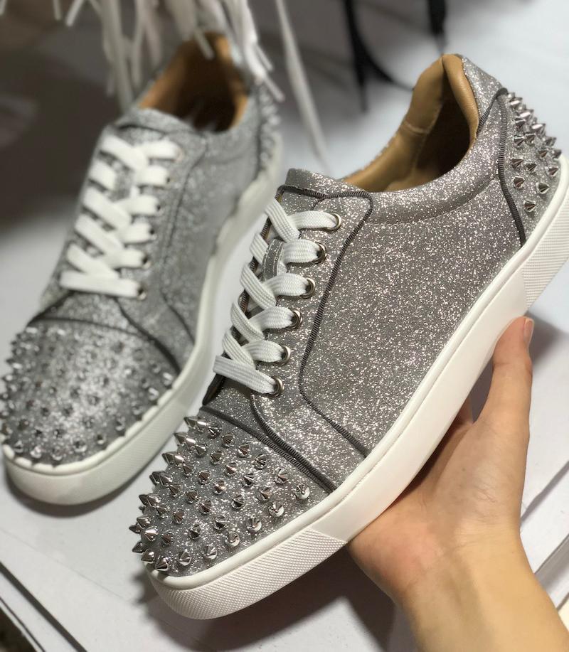Rote Sohle Schuhe Best Men Spikes Sneakers Leder und Wildleder Spike Kristall-Trainer-Frauen-Schuhe Low Top Flats Hochzeit Schuh Version Multi