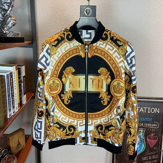 2019 Мужская куртка Тонкий Nail Mens Badge Denim Джинсовая куртка с длинным рукавом конструктора высокого качества куртки 9813