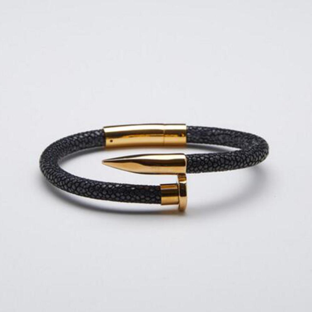 Pelle uomini braccialetto Stingray Bracciali in acciaio inossidabile con i regali di lusso in pelle Stingray per le donne degli uomini braccialetto gioielli