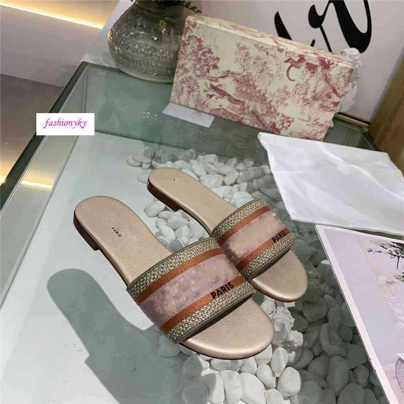 Di alta qualità Dazzle Fiori Donne Sandali Pantofole Infradito a righe ricamo sandalo broccato floreale Slipper