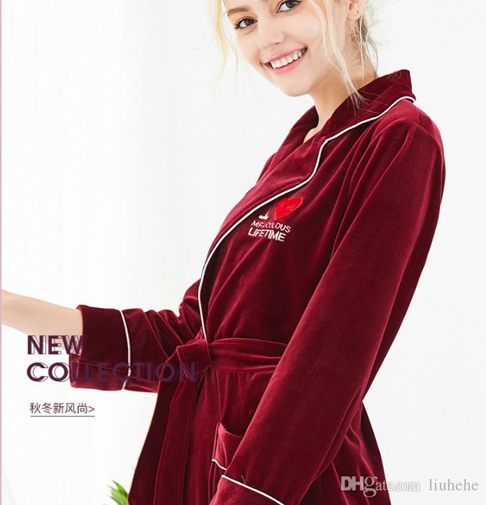 ياو تينغ نماذج انفجار المخملية الكورية ثوب النوم واحد الخريف الإناث والشتاء الدافئ حمام الحب والخدمة الطويلة في المنزل