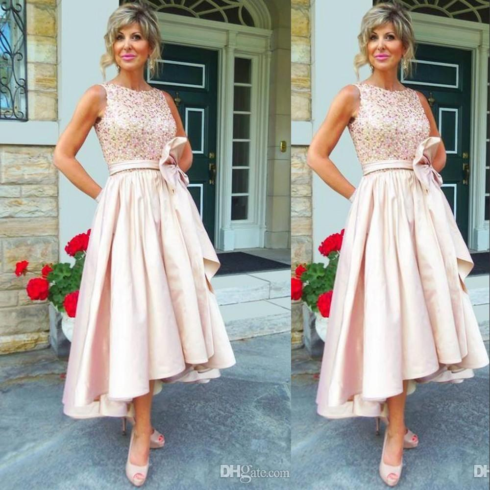 2020 Cheap Elegent Mother Of Bride Dresses Jewel Neck Blush Pink Crystal Beaded Satin Short High Low Length Formal Mother of the Groom Gowns
