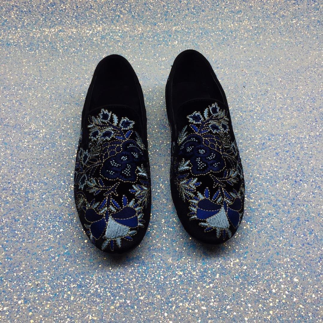 High End unisex düz kadife elbise ayakkabı renk baskılı kadınlar erkeklerin tek ayakkabı tembel severler sürücüleri ayakkabılar için loafer'lar kayma yuvarlak ayak