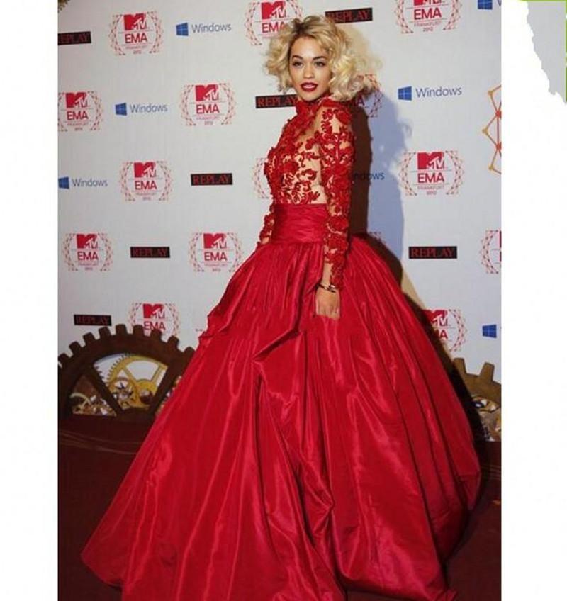 2019 Neue Abendkleider Mit Bloßen Langen Ärmeln Inspiriert von Rita Ora in Marchesa Herbst Red High Collar Guipure-Spitze Appliques Taffeta prom
