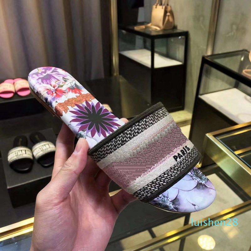 H917 2019 New Designer de Moda Calçados Femininos Impresso antiderrapante Designer Women Slippers Sandals casa de banho interior 8 cores Tamanho 35-41 lllL28