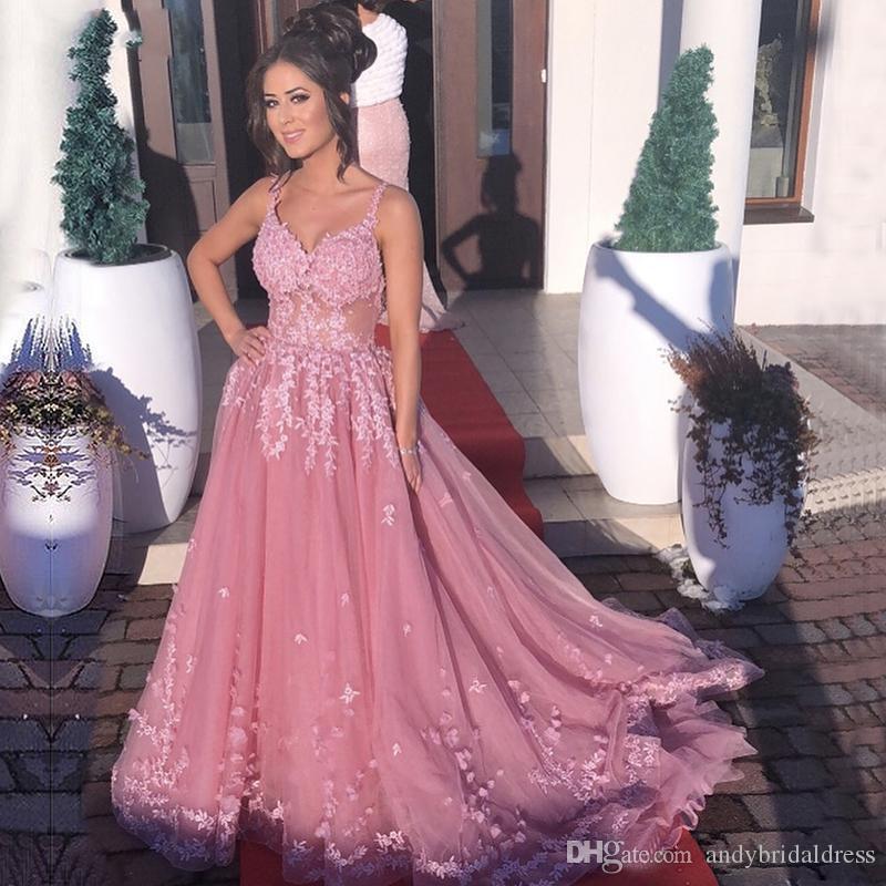 Dusty Pink Long Prom Dresses Spaghetti-Trägern Durchsichtig Spitze Appliques Abendkleider Tüll Sweep Zug Formelle Partykleider 2019