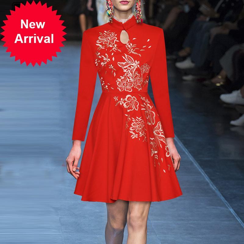 Взлетно-посадочная полоса красное платье женщины с длинным рукавом выдалбливают кружева оборками мини элегантный партии 2020 платье Vestidos