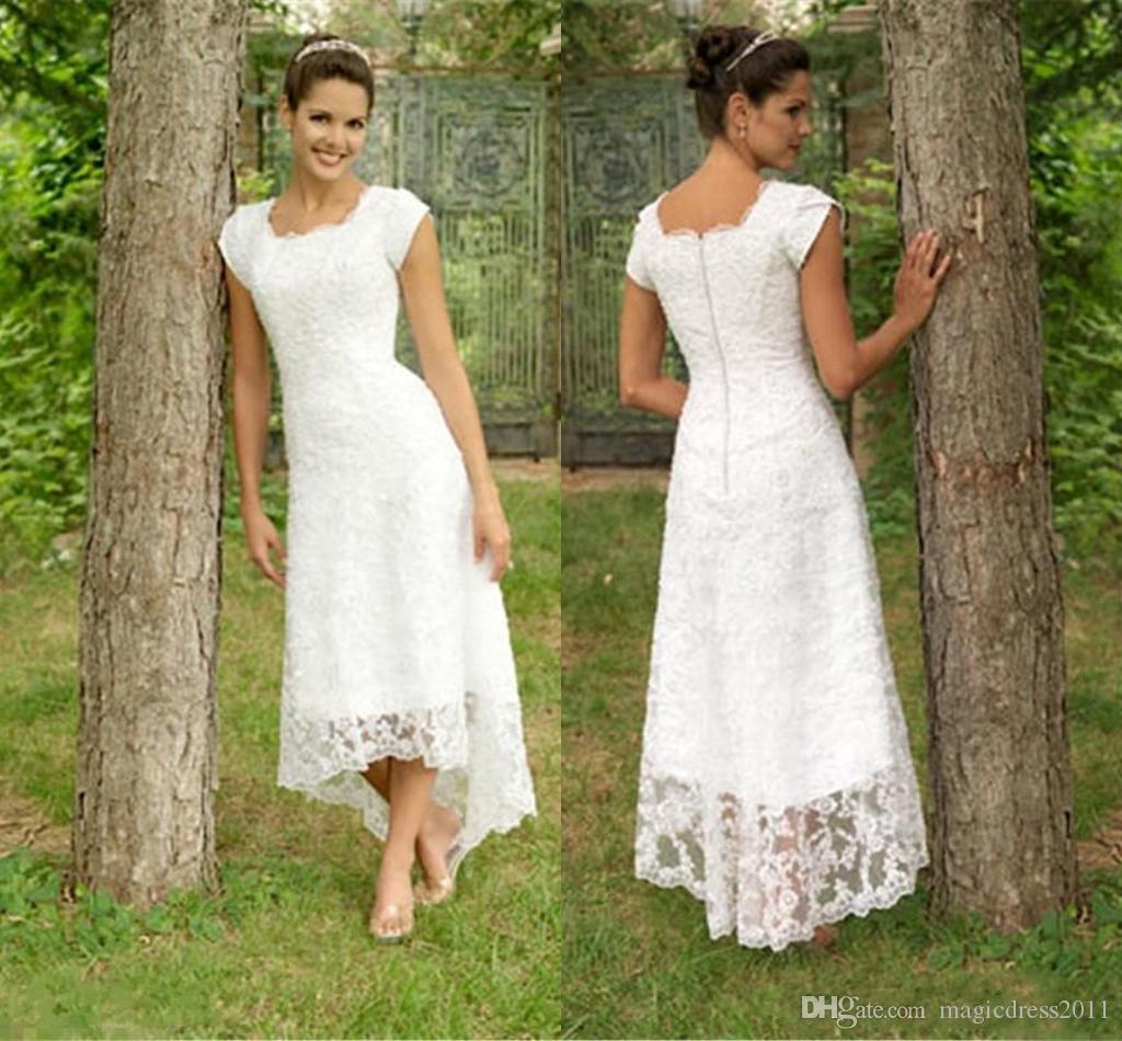 La pleine dentelle de mariage de plage Robes de ligne Jewel manches courtes Haut Bas Robes de mariée Robes de mariée