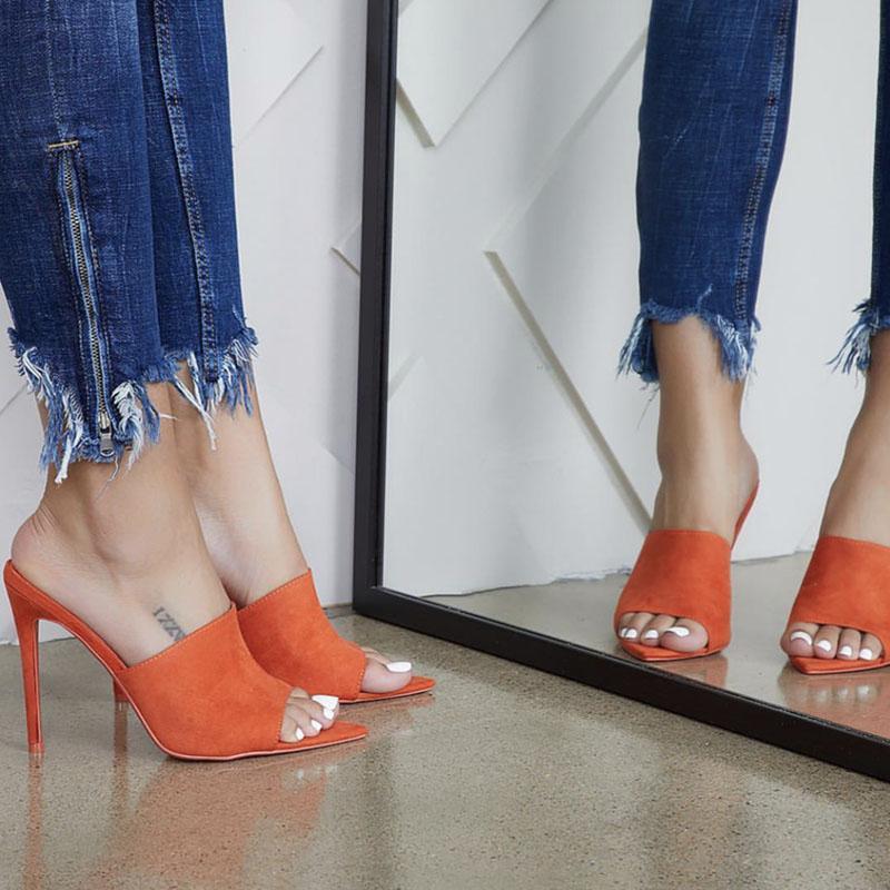 2019 Zapatos de tacones de mujer Zapatillas de tacón alto Bombas de mujer Gran tamaño grande Punta estrecha Damas Mujer Diapositivas Moda Mujer Mujer Sandalias