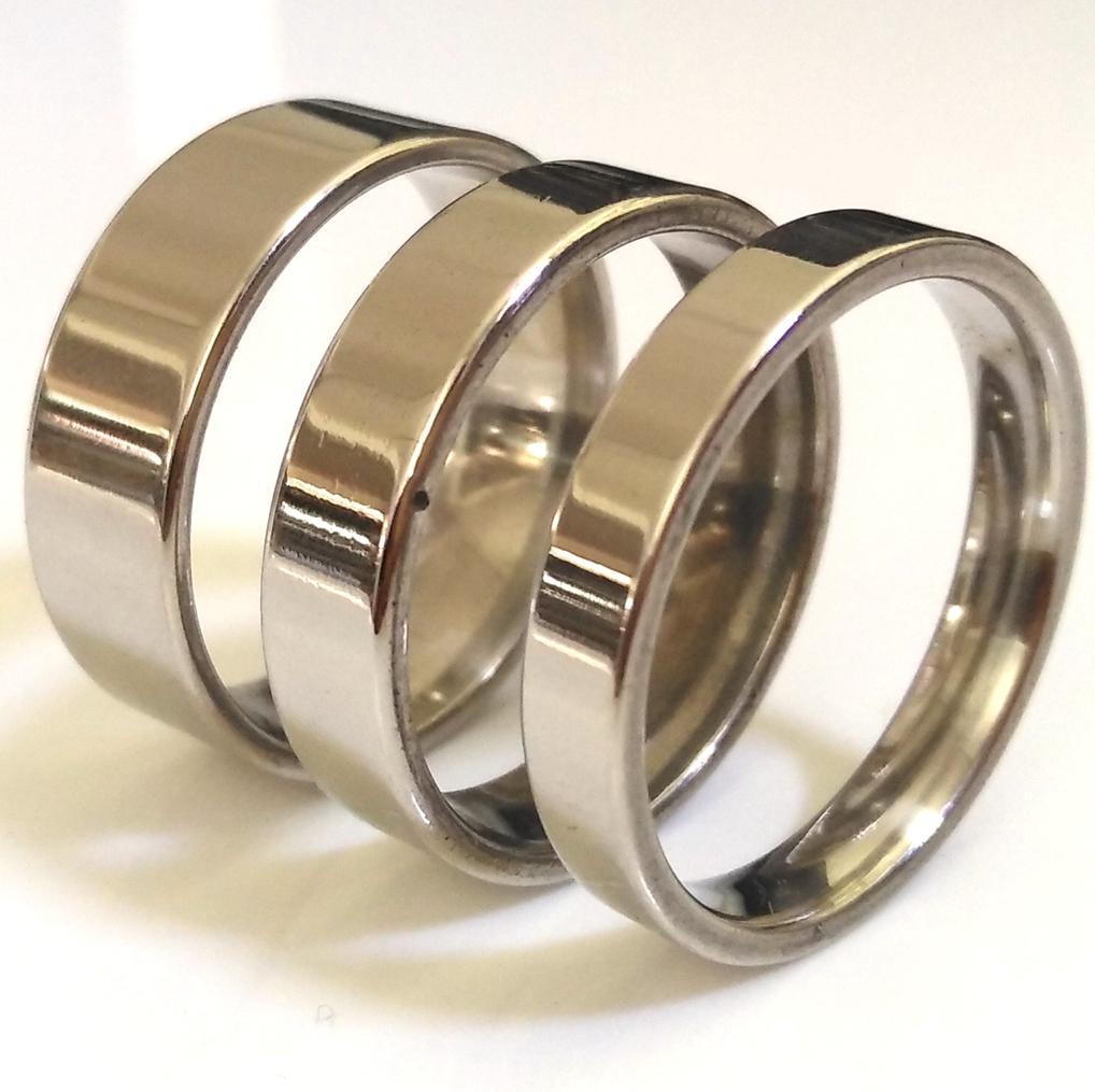 lots en vrac de Flat Silver Band 4 mm 6 mm 8 mm MIX en acier inoxydable anneau de mariage Comfort Fit Qualité Hommes Femmes Annulaire gros bijoux