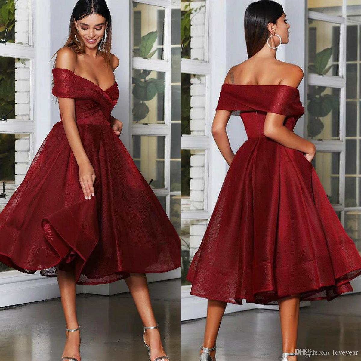2020 Burgundy Short Prom Dresses Ruched Off the Shoulder A Line Evening Dress Vestidos Tea Length Cocktail Party Gowns