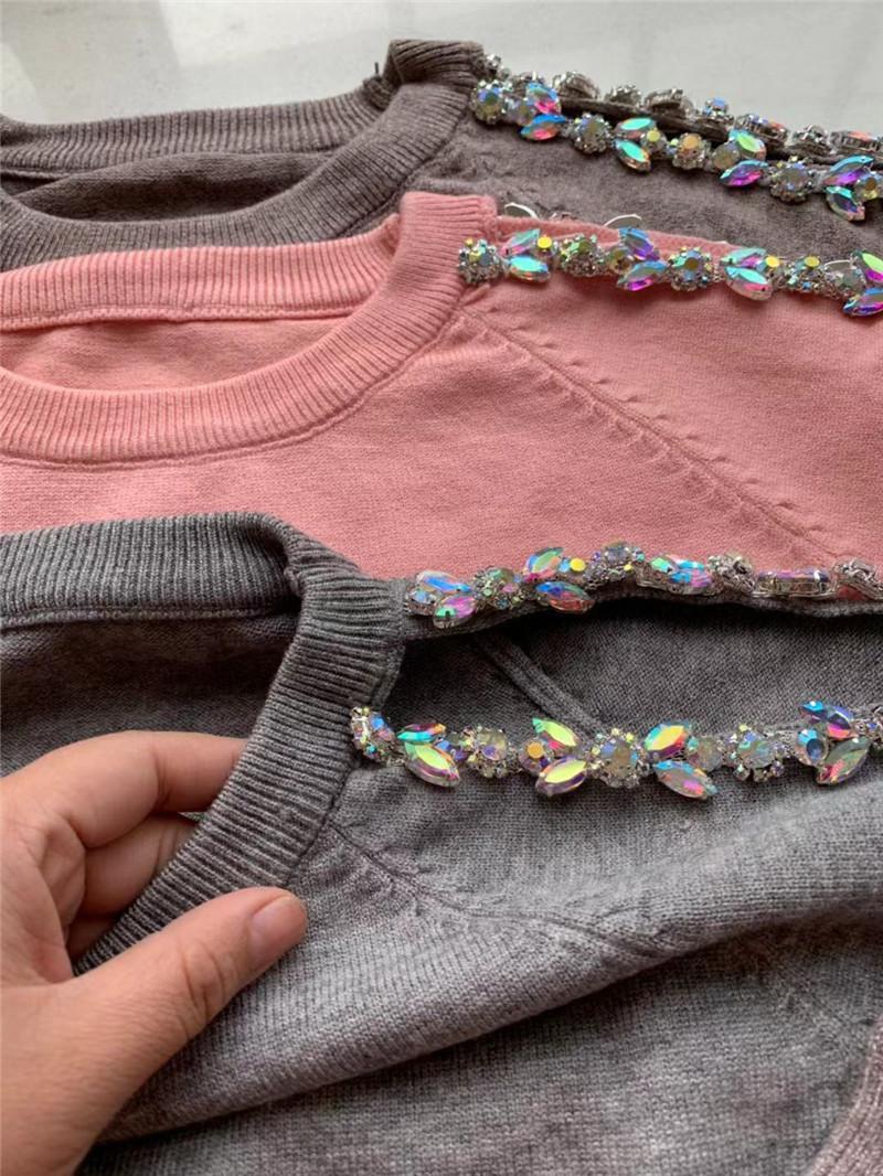 Grenzüberschreitenden Tau Schulter Perlen gestrickte Anzüge russischen Außenhandels gestrickte Pullover und Hosenanzug
