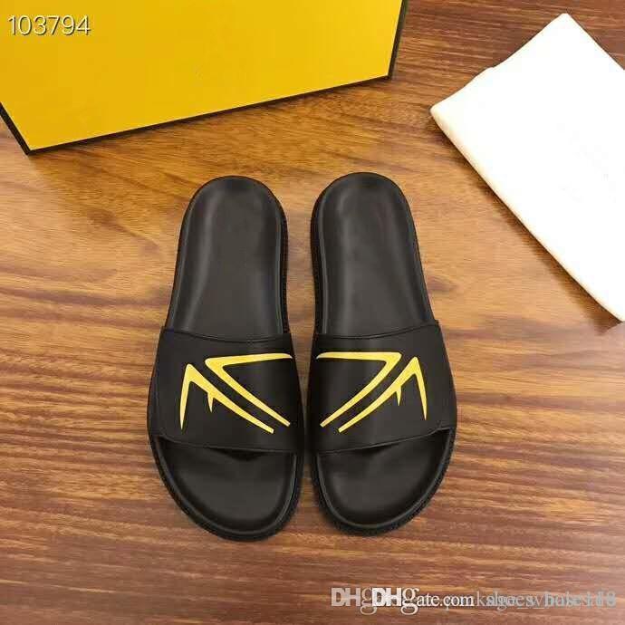 Moda de Nova chinelos tendência internacional Homens chinelos casuais preto e vermelho High-end homens sapatos personalizados vêm com caixa